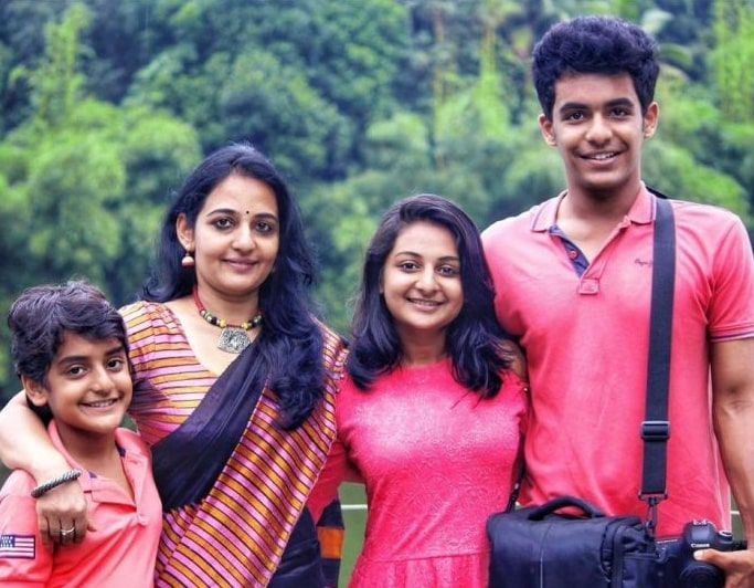 Esther Anil with her Mother and Brothers