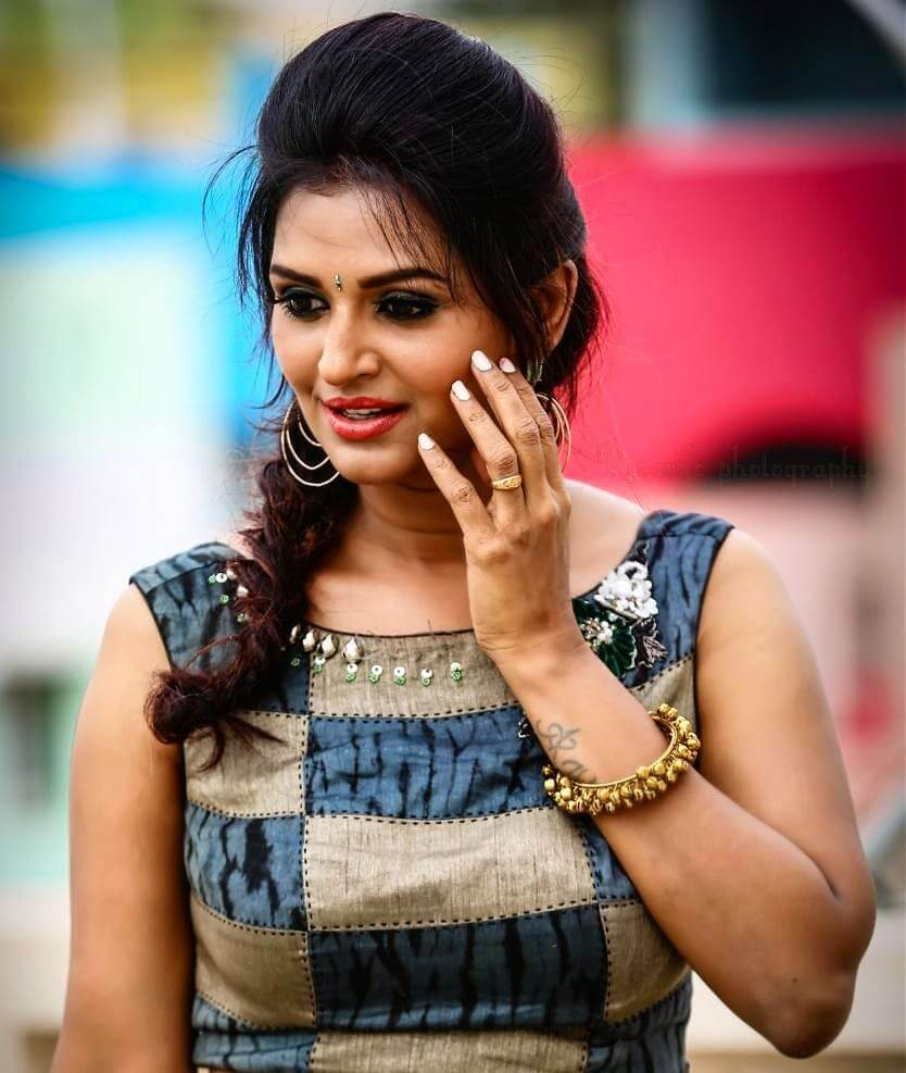 Anandhi Ajay Images